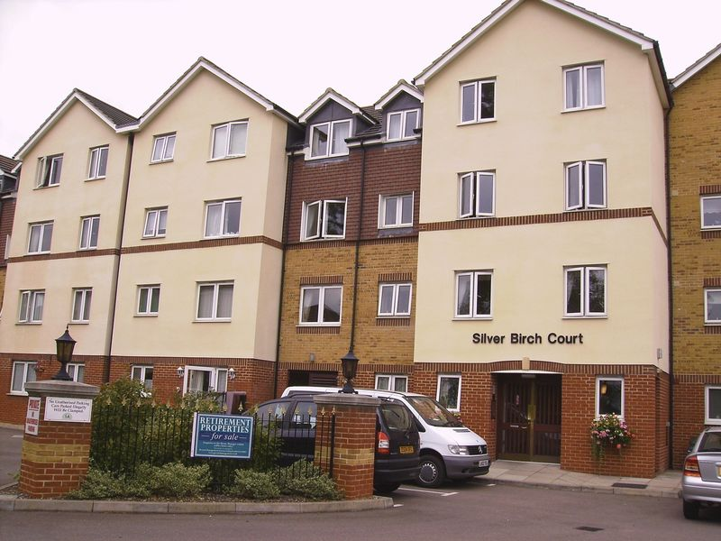 1 Bedroom Property for sale in Silver Birch Court, Cheshunt, EN8 8LZ