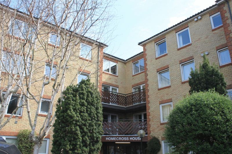 1 Bedroom Property for sale in Homecross House, Chiswick, W4 1YA