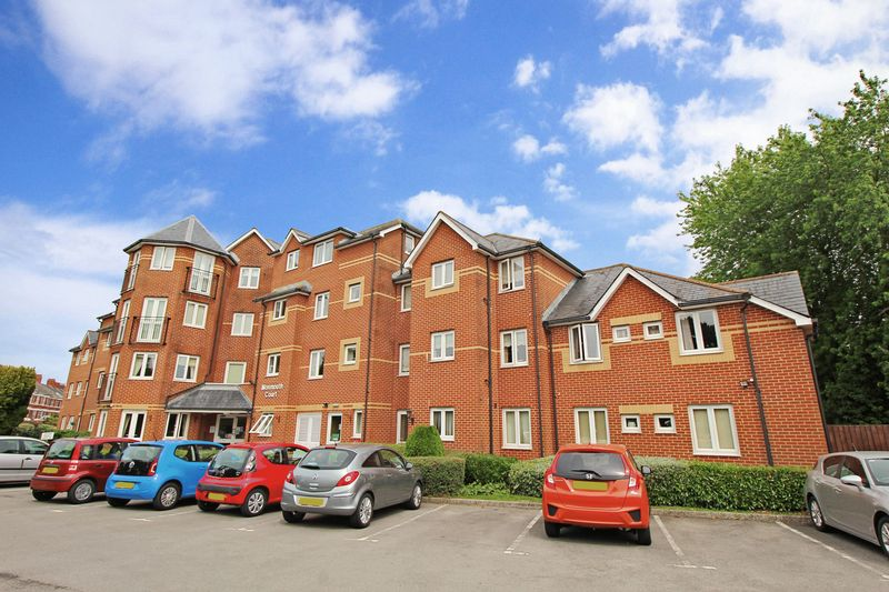 1 Bedroom Property for sale in Monmouth Court, Newport, NP20 3EX
