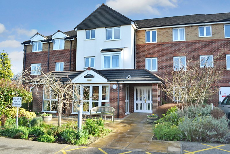 2 Bedrooms Property for sale in Cathedral View Court, Lincoln, LN2 2GF