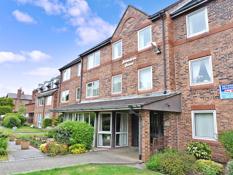 1 Bedroom Property for sale in Homedove House, Blundellsands, L23 8XB