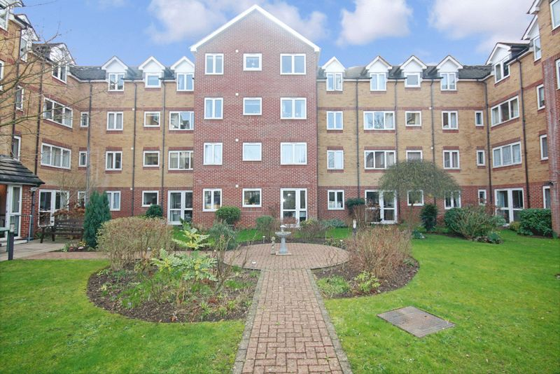 1 Bedroom Property for sale in Crosfield Court, Watford, WD17 2DB