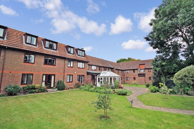 1 Bedroom Property for sale in Fernleigh Court, Romford, RM7 7JE