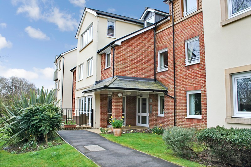 1 Bedroom Property for sale in Kings Meadow Court, Lydney, GL15 5JU