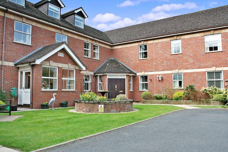 2 Bedrooms Property for sale in Merrievale Court, Malvern, WR14 3NE