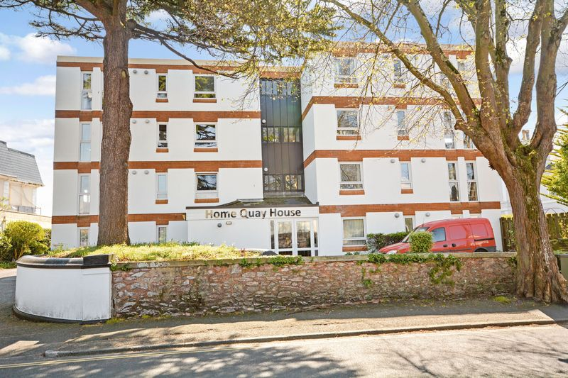 1 Bedroom Property for sale in Homequay House, Torquay, TQ2 5LU