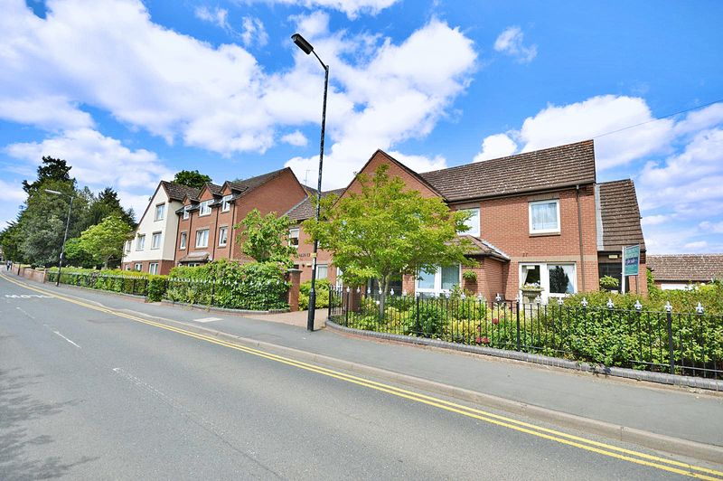 1 Bedroom Property for sale in Malin Court, Alcester, B49 5DJ