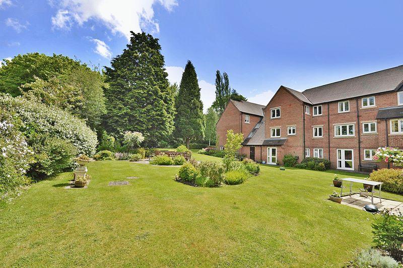 1 Bedroom Property for sale in Pendene Court, Wolverhampton, WV4 5UZ