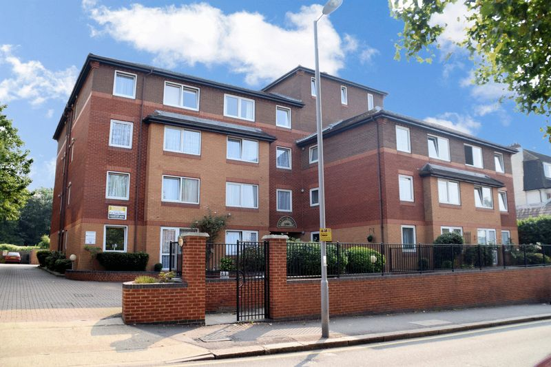 1 Bedroom Property for sale in Parish Court (Surbiton), Surbiton, KT6 4PL