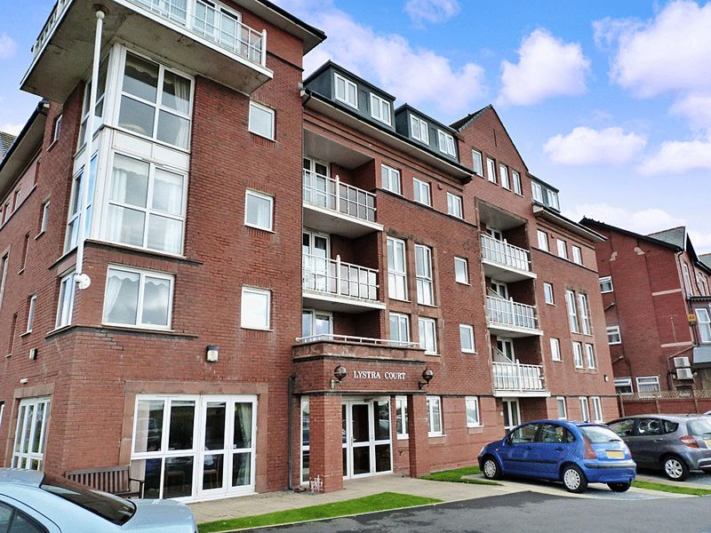 1 Bedroom Property for sale in Lystra Court, Lytham St. Annes, FY8 1NP