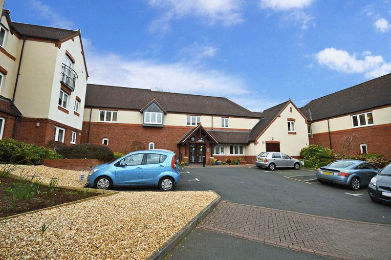 1 Bedroom Property for sale in St Saviour's Court, Stourbridge, DY9 0HQ