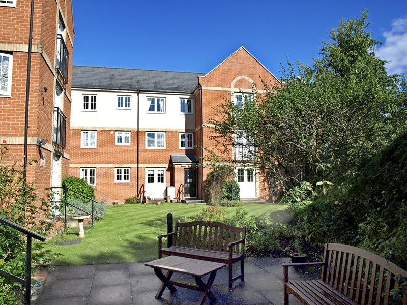 1 Bedroom Property for sale in Riverside Court, Halstead, CO9 1FD