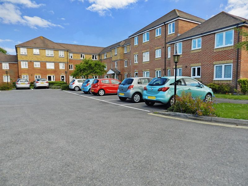1 Bedroom Property for sale in Canberra Court, Gosport, PO12 2NY