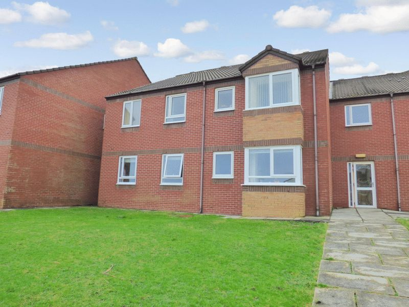 2 Bedrooms Property for sale in Sandpiper Court, Thornton-Cleveleys, FY5 1AZ