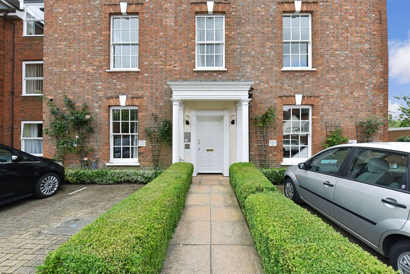 1 Bedroom Property for sale in Chestnut House, Blandford Forum, DT11 7DU
