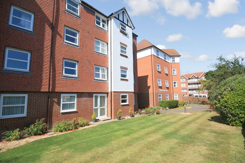 1 Bedroom Property for sale in Colonel Stevens Court, Eastbourne, BN20 7HD