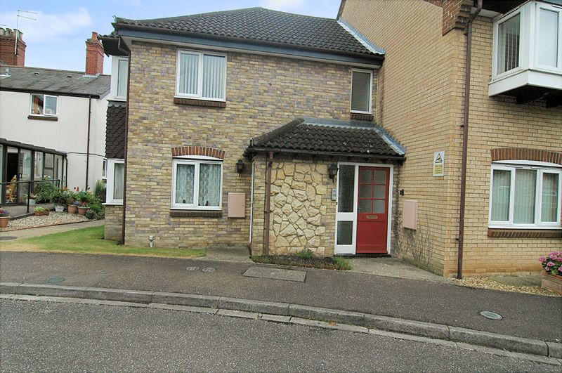 1 Bedroom Property for sale in Kimbolton Court, Cobden Avenue, Peterborough