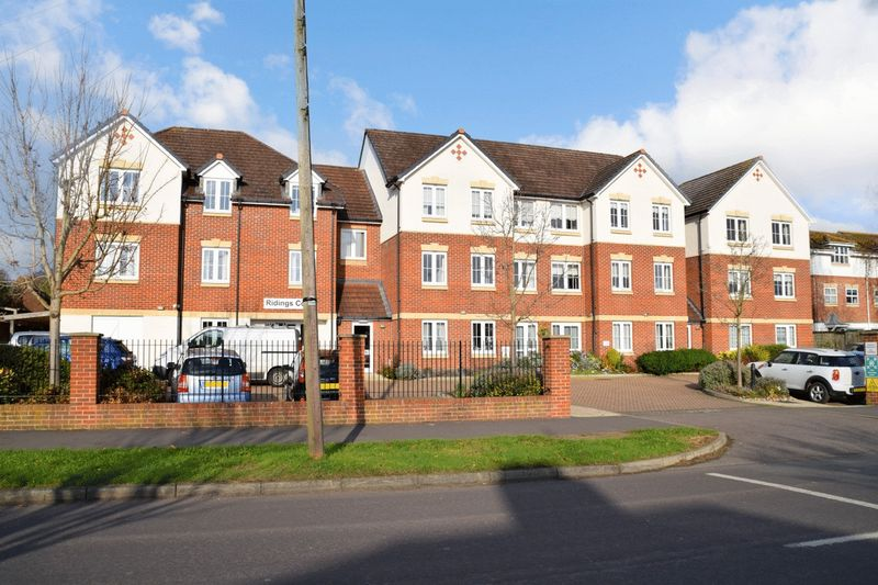 1 Bedroom Property for sale in Ridings Court, Reigate, RH2 8BP