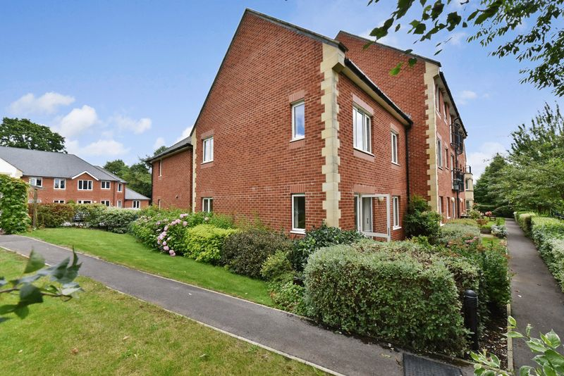 1 Bedroom Property for sale in Mondyes Court, Wells, BA5 2QX