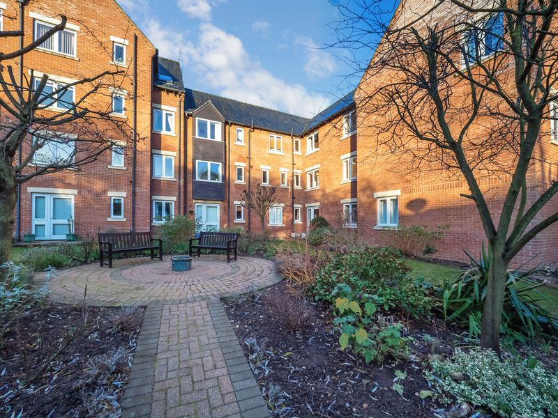 1 Bedroom Property for sale in Riverway Court, Norwich, NR1 1BP