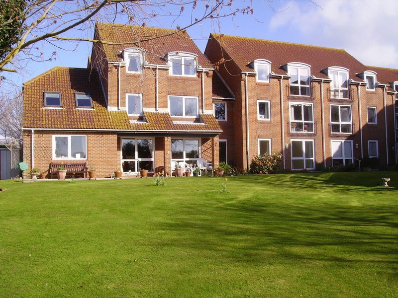 1 Bedroom Property for sale in Homeshore House, Seaford, BN25 4QQ