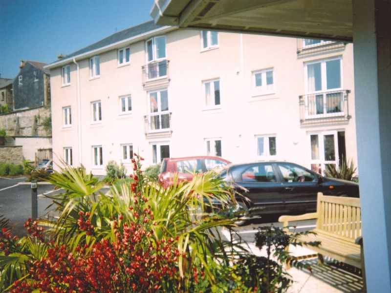 1 Bedroom Property for sale in Trafalgar Court, Penzance, TR18 2TB