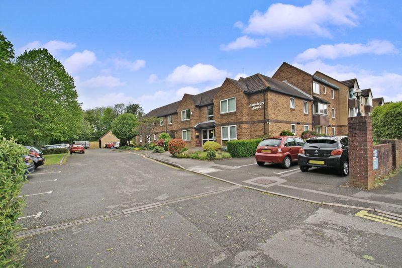 1 Bedroom Property for sale in Homefayre House, Fareham, PO16 0LU