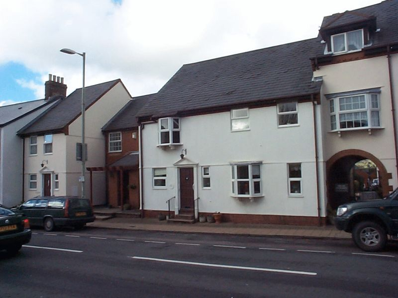 2 Bedrooms Property for sale in 9a High Street, Honiton