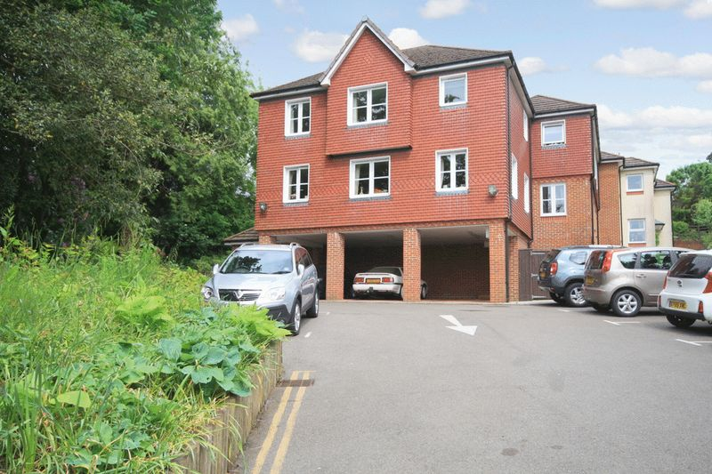 1 Bedroom Property for sale in Risingholme Court, Heathfield, TN21 8GB