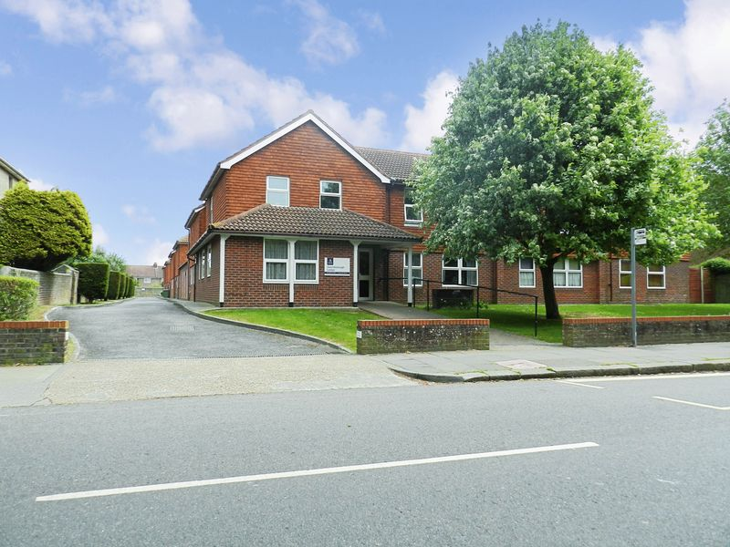 1 Bedroom Property for sale in Gainsborough Lodge, Worthing, BN14 7ED