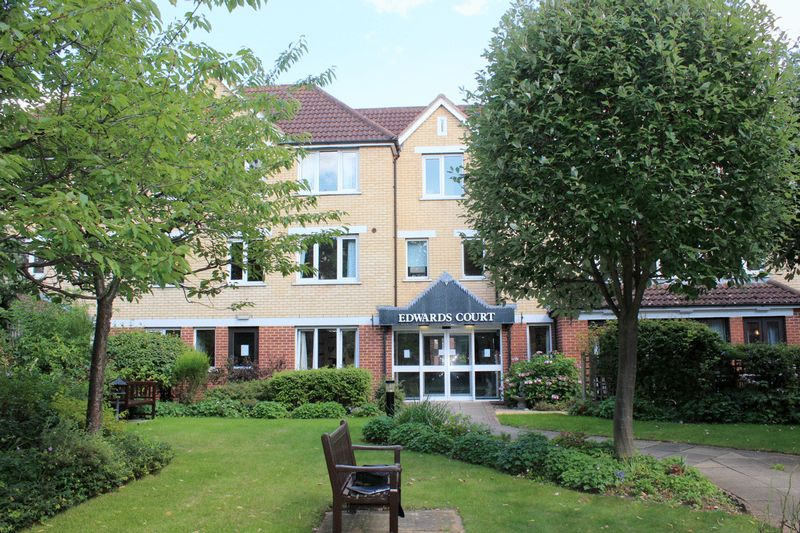 1 Bedroom Property for sale in Edwards Court, Cheshunt, EN8 8SA