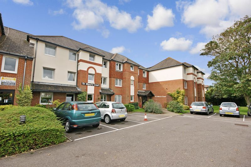2 Bedrooms Property for sale in St Marys Court, Bournemouth, BH6 3DF