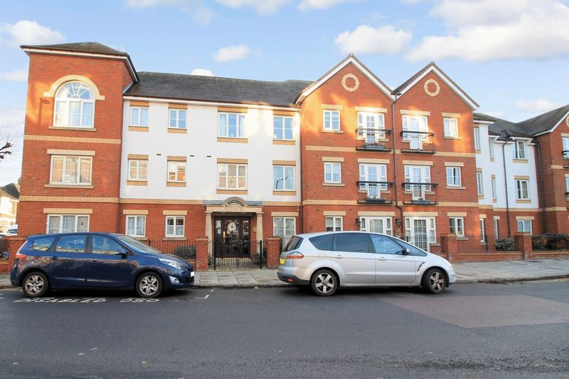 2 Bedrooms Property for sale in Pegasus Court (Winchmore Hill), Winchmore Hill, N21 2RW