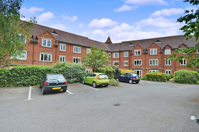 1 Bedroom Property for sale in Scholars Court, Stratford-upon-Avon, CV37 6PN
