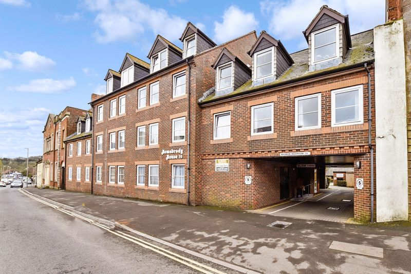 1 Bedroom Property for sale in Homebredy House, Bridport, DT6 3NL