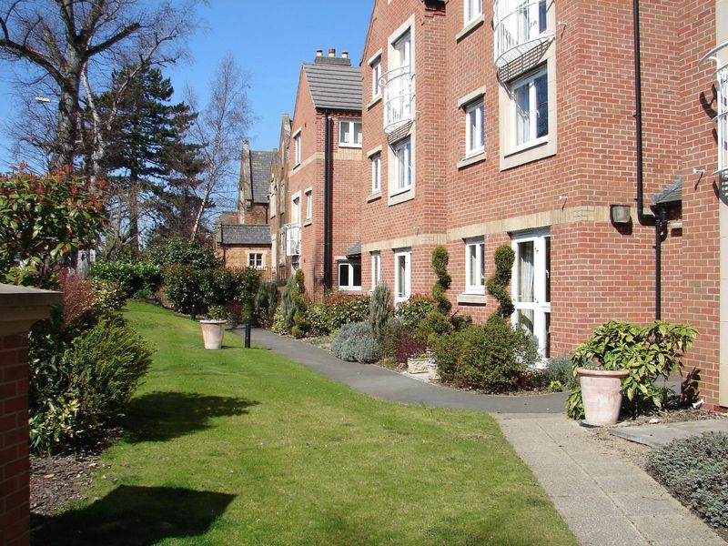 1 Bedroom Property for sale in Marshall Court, Market Harborough, LE16 9HZ