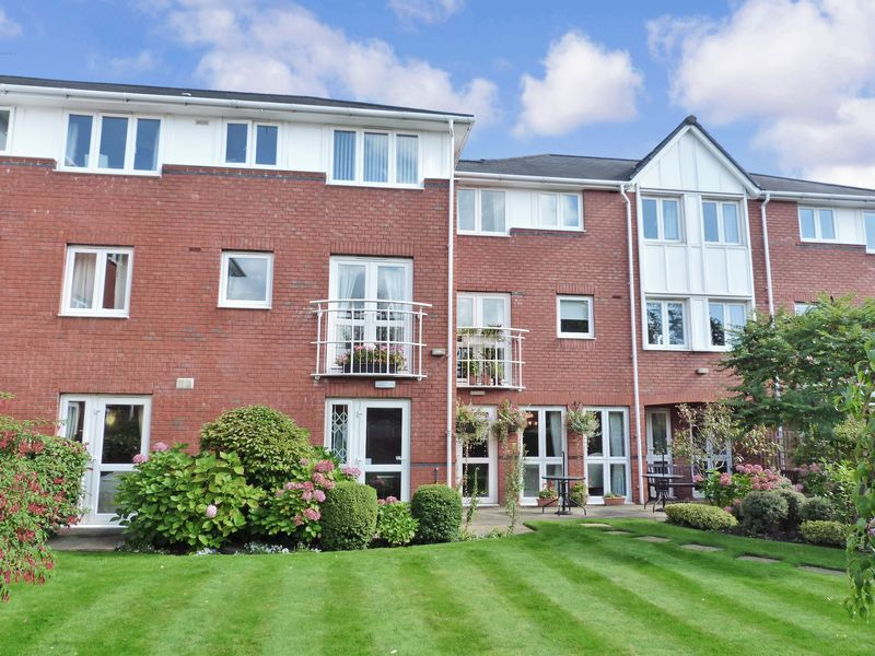 1 Bedroom Property for sale in Howard Court, Altrincham, WA15 7UU