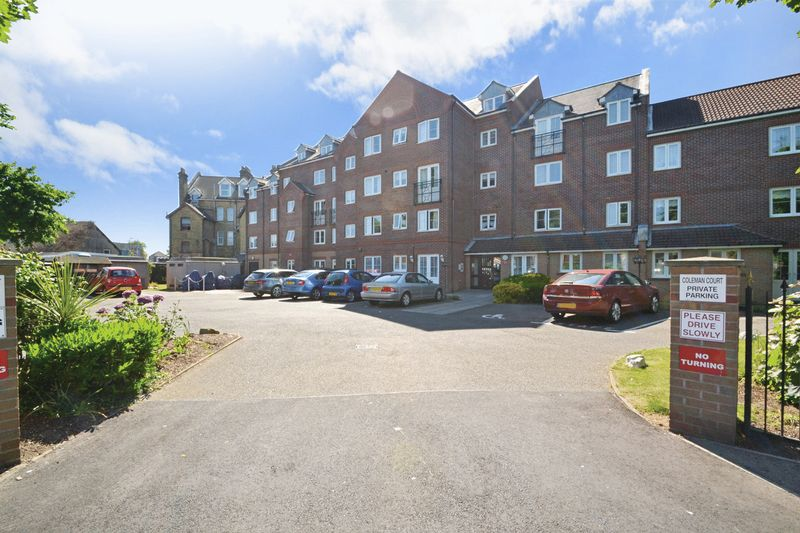 1 Bedroom Property for sale in Coleman Court, Clacton-on-Sea, CO15 6PY