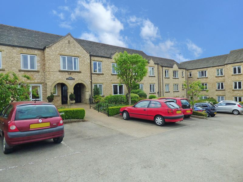 1 Bedroom Property for sale in Bredon Court, Broadway, WR12 7DL