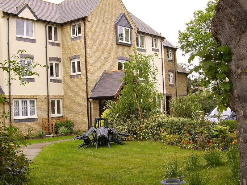 1 Bedroom Property for sale in Alder Court, Cambridge, CB4 1GX