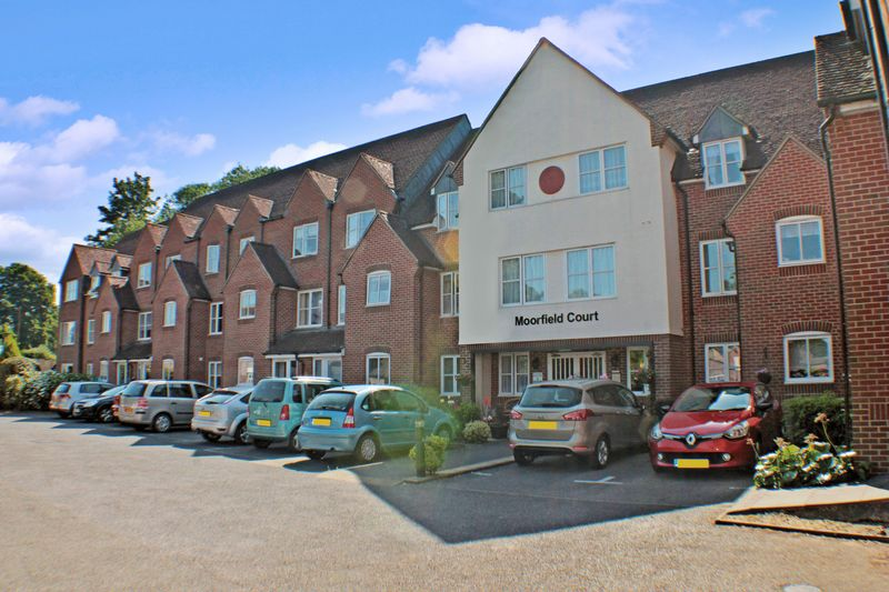 1 Bedroom Property for sale in Moorfield Court, Witham, CM8 1AE