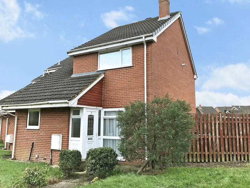 2 Bedrooms Terraced House for sale in Abington Walk, Sutton Park