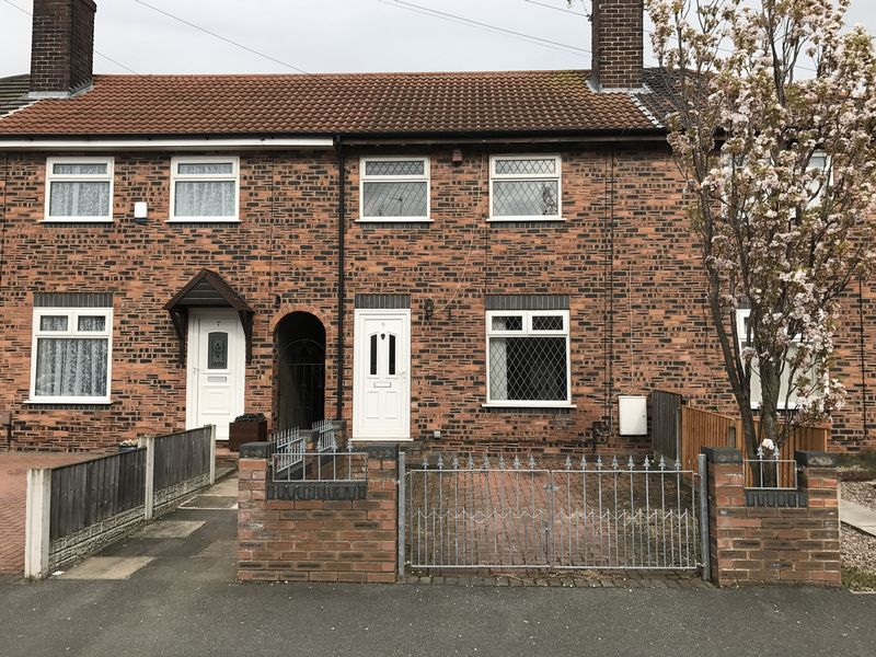 3 Bedrooms Terraced House for sale in Mather Avenue, Weston Point