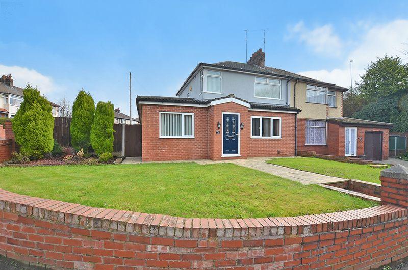 4 Bedrooms Semi Detached House for sale in Heath Road, Runcorn