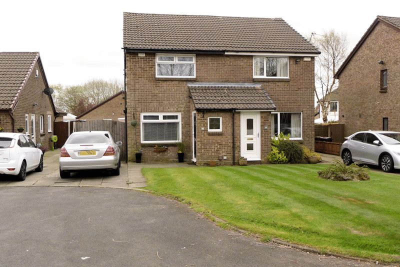 2 Bedrooms Semi Detached House for sale in Bramley Road, Sharples, Bolton