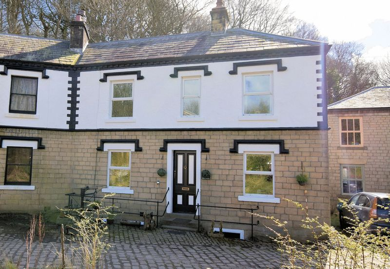 3 Bedrooms Cottage House for sale in New Eagley Mills Cottage, off Ashworth Lane, Sharples. Stables, Paddock, Lake, Approx 5.5 Acres