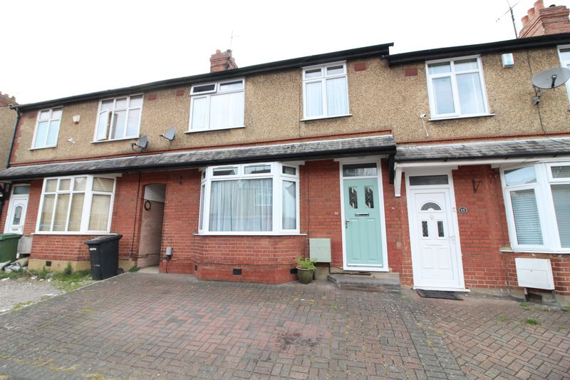 3 Bedrooms Terraced House for sale in Extended three bedroom in Icknield