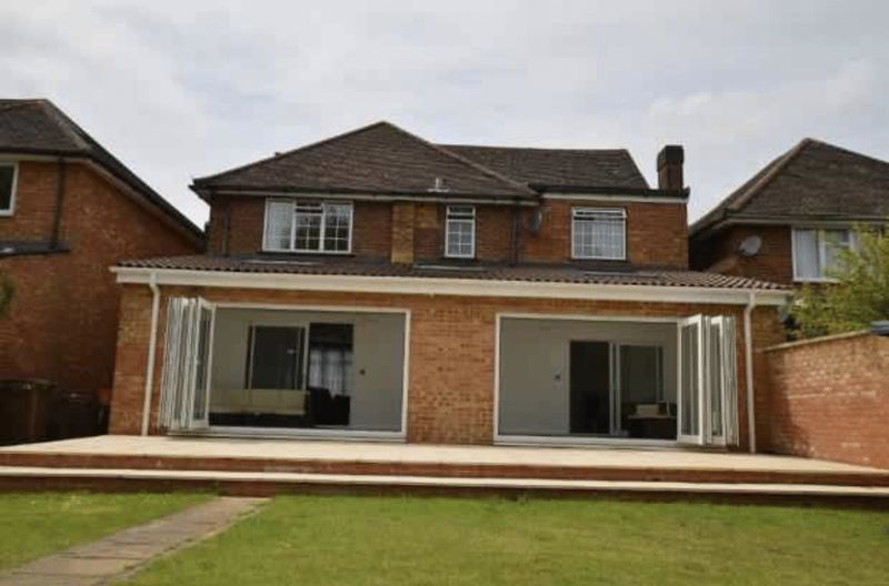 4 Bedrooms Detached House for sale in Prestigious Four Bed Detached