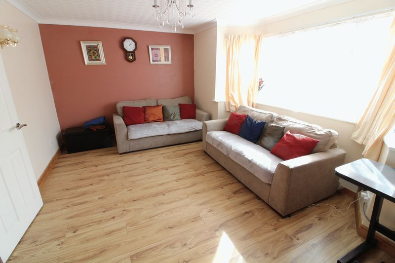 5 Bedrooms Semi Detached House for sale in WOW! FIVE bedroom Semi in Challney