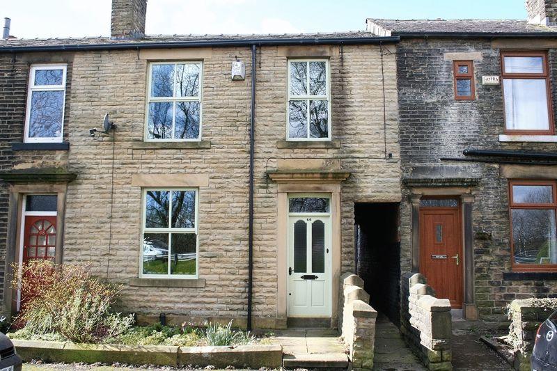 3 Bedrooms Terraced House for sale in Harbour Lane, Milnrow, OL16 4HF